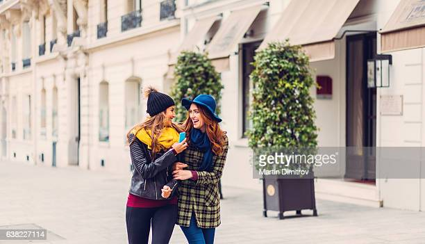 Friends enjoying Paris together
