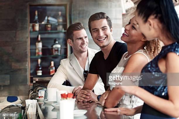 Freunde in einem club