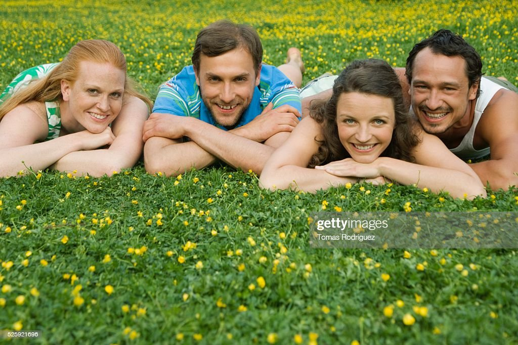 Friends in a Meadow : Stockfoto