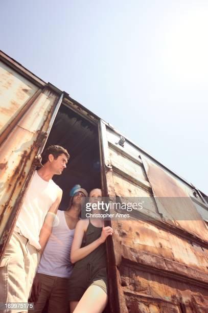 Amici su un treno merci Boxcar