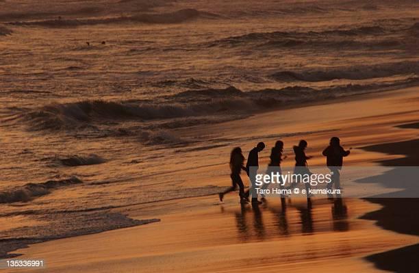 Friends on shonan sunset beach