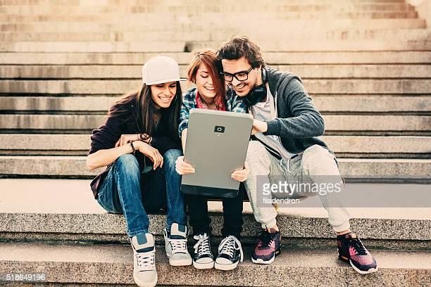 Freunde SMS auf einem Smartphone