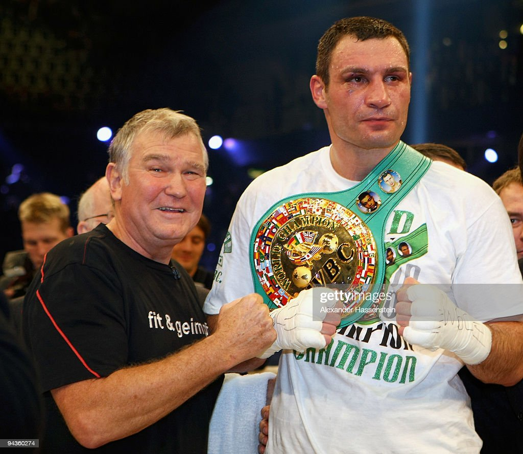 Vitali Klitschko v Kevin Johnson WBC Championship s and