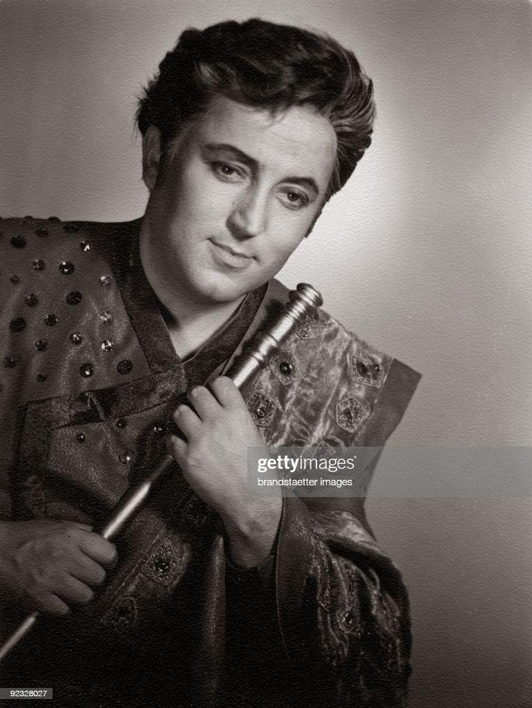 Fritz Wunderlich as Tamino in 'Die Zauberfloete' by Wolfgang Amadeus Mozart Wiener Staatsoper Photographie 1965
