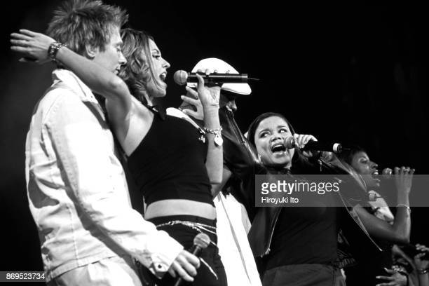 From left Clay Aiken Julia DeMato Rickey Smith Kimberley Locke and Trenyce performing in 'American Idols Live' at Continental Airlines Arena in New...