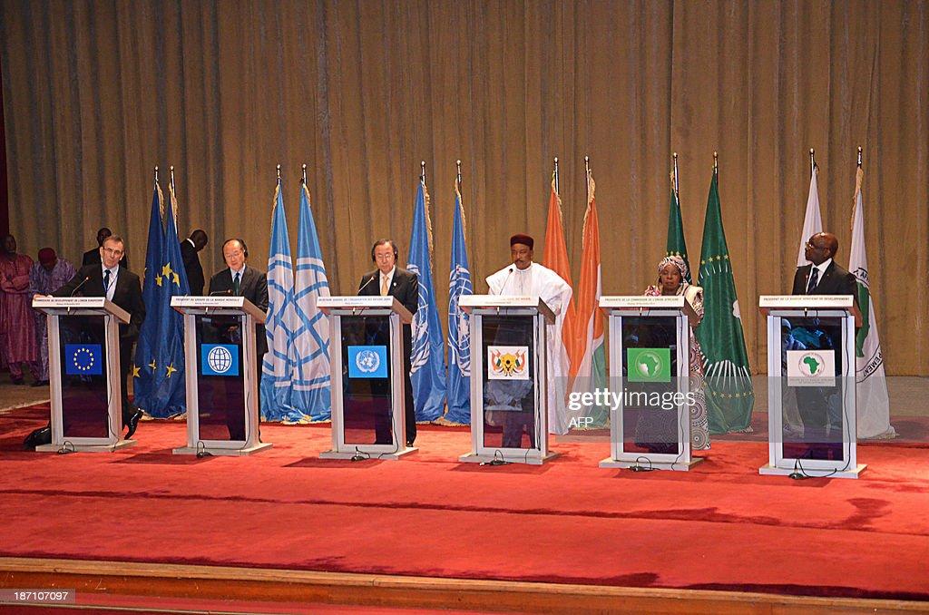 EU development commissioner Andris Piebalgs World Bank President Jim Yong Kim United Nations SecretaryGeneral Ban Kimoon Niger President Mahamadou...