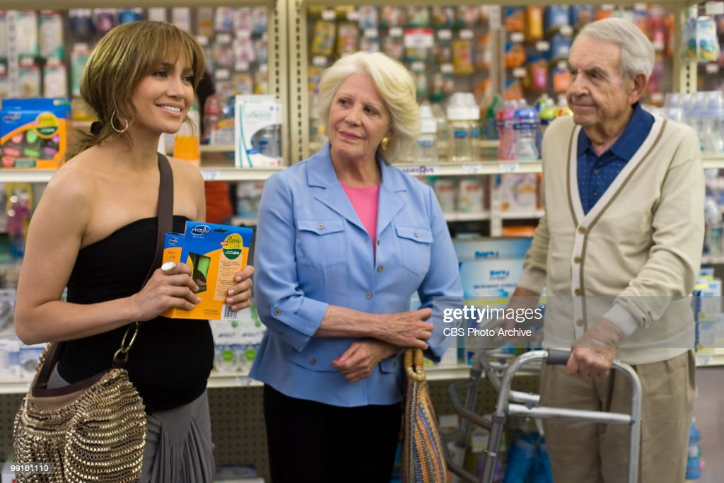 From left Jennifer Lopez as Zoe Linda Lavin as Nana and Tom Bosley as Arthur in CBS Films' 'The Backup Plan'