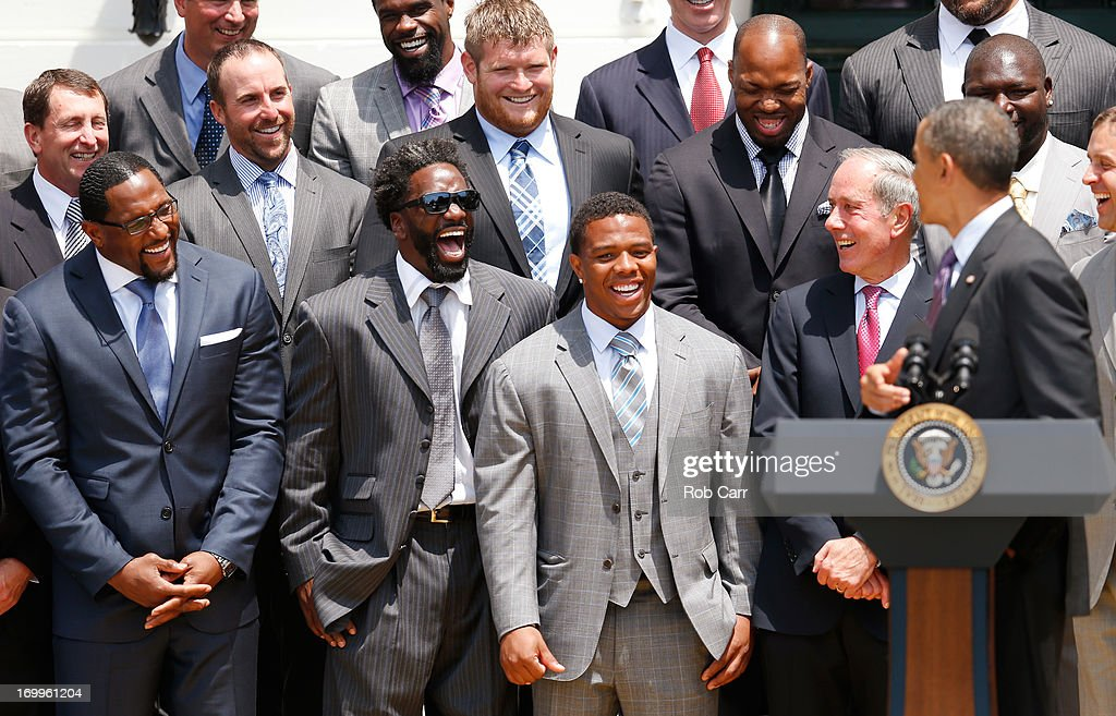 From left, linebacker <a gi-track='captionPersonalityLinkClicked' href=/galleries/search?phrase=Ray+Lewis&family=editorial&specificpeople=171809 ng-click='$event.stopPropagation()'>Ray Lewis</a>, safety <a gi-track='captionPersonalityLinkClicked' href=/galleries/search?phrase=Ed+Reed+-+Footballspieler&family=editorial&specificpeople=194933 ng-click='$event.stopPropagation()'>Ed Reed</a>, running back <a gi-track='captionPersonalityLinkClicked' href=/galleries/search?phrase=Ray+Rice&family=editorial&specificpeople=3980395 ng-click='$event.stopPropagation()'>Ray Rice</a> and team president Dick Cass of the National Football League Super Bowl champion Baltimore Ravens laugh while listening to U.S. President <a gi-track='captionPersonalityLinkClicked' href=/galleries/search?phrase=Barack+Obama&family=editorial&specificpeople=203260 ng-click='$event.stopPropagation()'>Barack Obama</a> (R) give remarks during a South Lawn ceremony on June 5, 2013 in Washington, DC. The Ravens defeated the San Francisco 49ers 34-31 in Super Bowl XLVII.