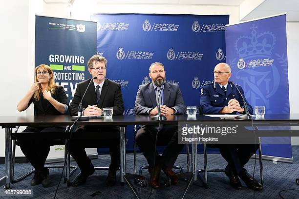 From left Ministry of Health Chief Medical Advisor Dr Pat Tuohy Ministry for Primary Industries DeputyGeneral Scott Gallacher and Deputy Police...
