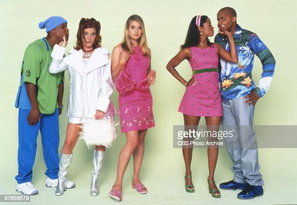 Studio portrait of actors Sean Holland Elisa Donovan Rachel Blanchard Stacey Dash and Donald Faison of the TV comedy series 'Clueless' 1996