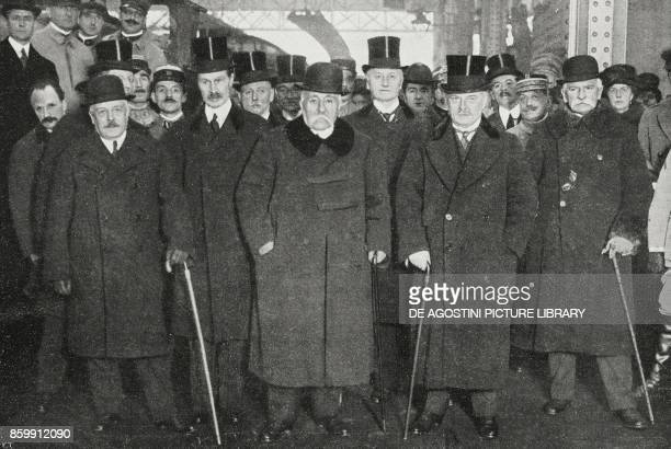 From left Vittorio Emanuele Orlando Bonar Law Georges Clemenceau George Nathaniel Curzon Lloyd George and Sidney Sonnino London Conference United...