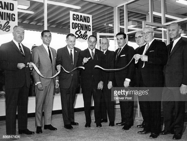 S SELFSERVICE DEPARTMENT STORE From left William Kenney vice president and general manager of King's chain Murray A Candib president J E Gilcreast...