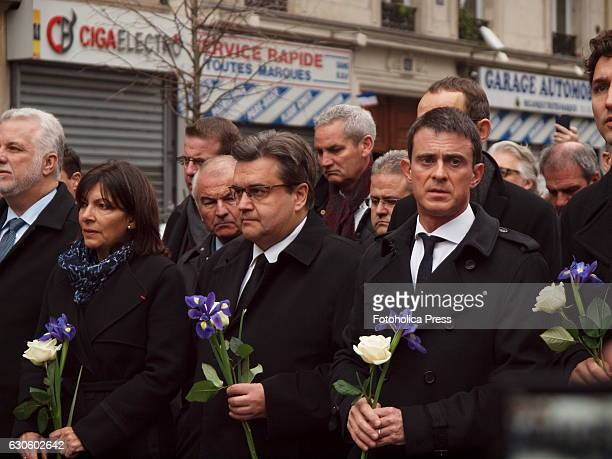 From right to left Manuel Valls Prime Minister of France Denis Coderre Mayor of Montreal Anne Hidalgo Mayor of Paris and Philippe Couillard Premier...