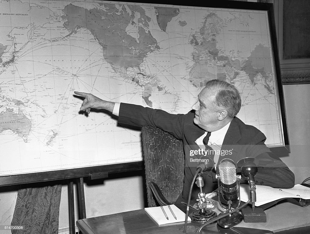 President Franklin D Roosevelt Pointing At World Map Pictures - Franklin on us map