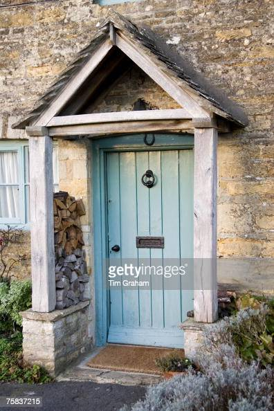 Cottage Front Door Oxfordshire Uk Pictures Getty Images