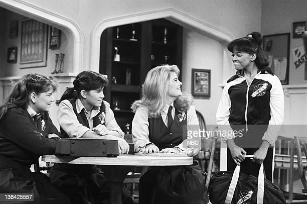 LIFE 'Front Page' Episode 5 Pictured Mindy Cohn as Natalie Green Nancy McKeon as Joanna 'Jo' Polniaczek Lisa Welchel as Blair Warner Kim Fields as...