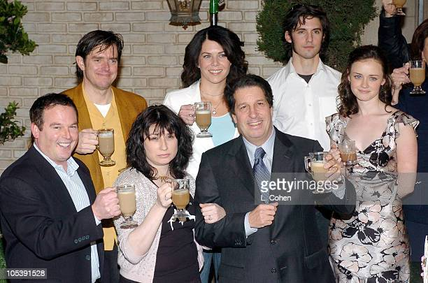 David Janollari president of WB Entertainment Amy Sherman executive producer Peter Roth president of Warner Bros Television and Alexis Bledel Back...