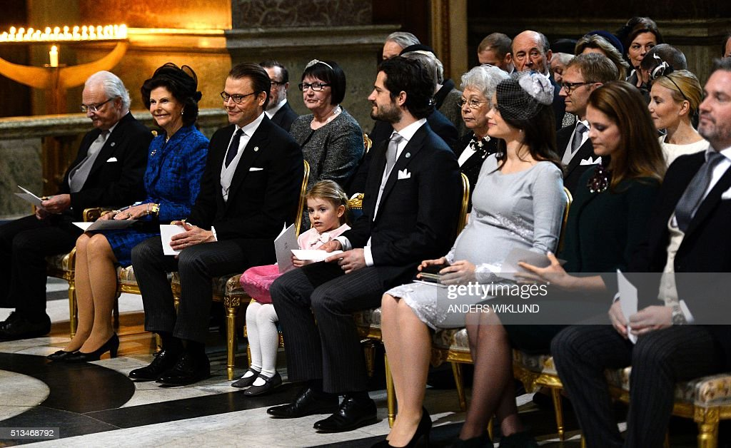 Front row from left, Sweden's King Carl Gustaf, Queen Silvia, Prince Daniel, Princess Estelle, Prince Carl Philip, Princess Sofia, Princess Madeleine and Christopher O'Neill attend a thanksgiving service for the newborn prince in the palace church at Stockholm Royal Palace, March 3, 2016. Sweden's newest addition to the royal family, and third in line to the crown, has been named Prince Oscar Carl Olof, King Carl XVI Gustaf announced. / AFP / TT News Agency / Anders WIKLUND / Sweden OUT