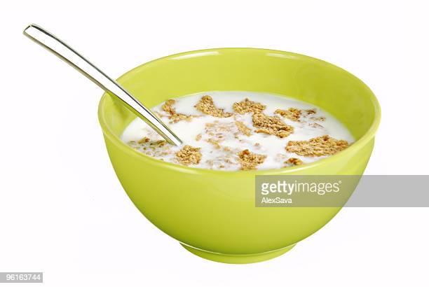 Vista frontal de cereales bowl