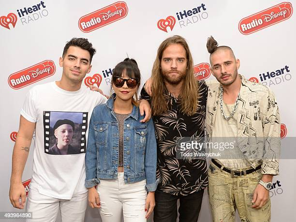 DISNEY Frontman Joe Jonas and his new band Republic Records' DNCE visited Radio Disney Studios to talk about their single 'Cake By The Ocean'