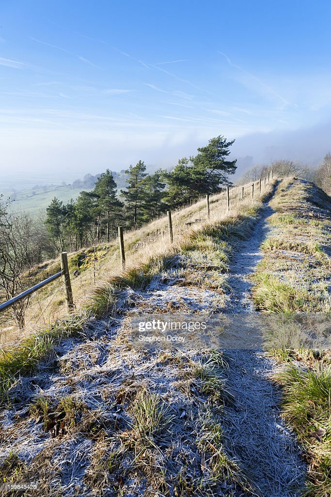 A frosty winter morning on the Cotswolds : Stock Photo