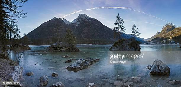 Frozen lake hopfen in den Bayerischen Alpen