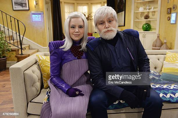 MELISSA JOEY 'Frozen' Mel and Joe get stuck in a ski avalanche and are frozen for 100 years When they thaw they head to their home to find 120yearold...