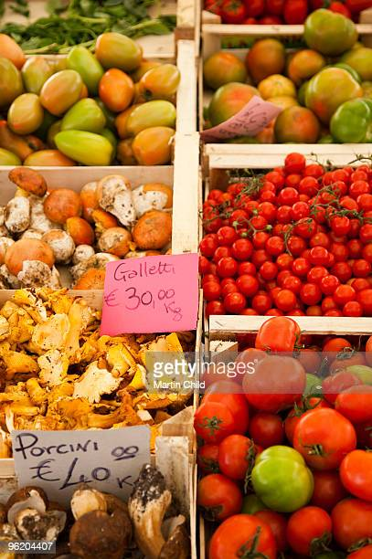 fruit and vegetable stall Campo de' Fiori market