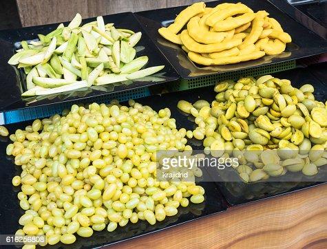 Frutas em conserva : Foto de stock