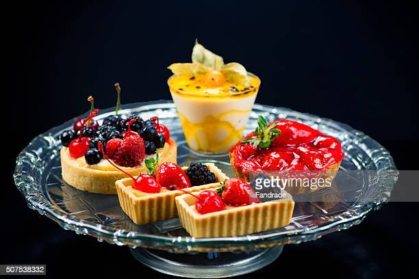 Fruit tartlet and passion fruit mousse