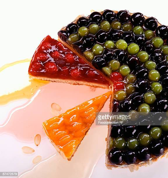 Fruit torte, pieces cut