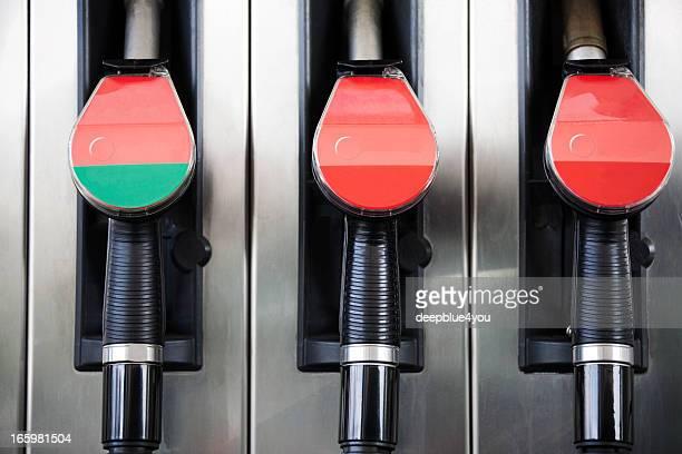 Pompe à essence à main gros plan