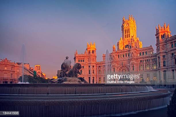 Fuente Cibeles and Palacio De Comunicaciones
