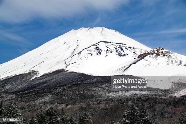 Fuji snow scape at Mizugatsuka Park