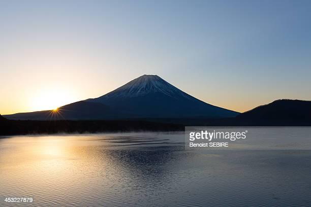 Fujisan at Sunrise
