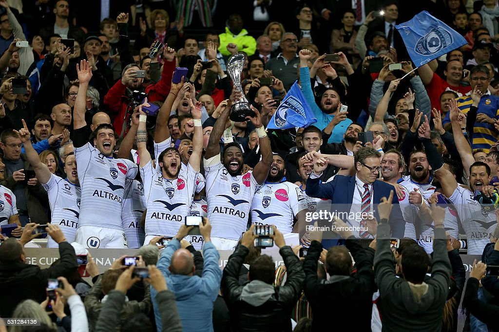 Fulgence Ouedraogo of Montpellier lifts the tophy following his team's victory 2619 victory during the European Rugby Challenge Cup Final match...