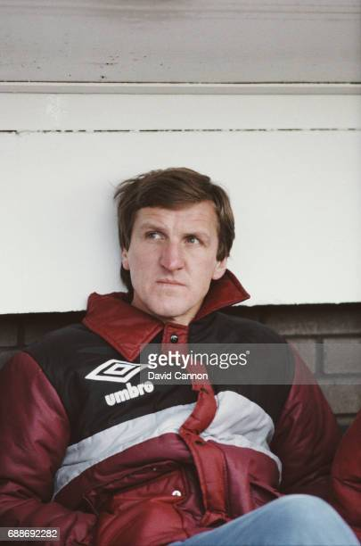 Fulham manager Ray Harford looks on from the bench before an FA Cup 3rd Round tie at Craven Cottage against Sheffield Wednesday on January 5 1985 in...