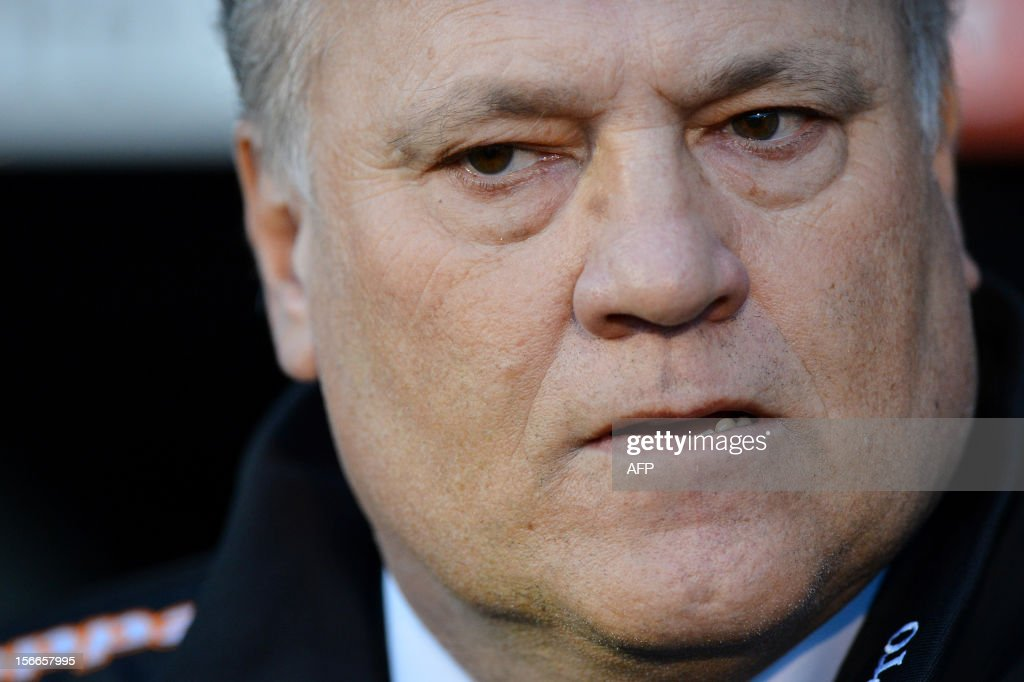 "Fulham's Dutch manager Martin Jol is seen ahead of the English Premier League football match between Fulham and Sunderland at Craven Cottage in London on November 18, 2012. USE. No use with unauthorized audio, video, data, fixture lists, club/league logos or ""live"" services. Online in-match use limited to 45 images, no video emulation. No use in betting, games or single club/league/player publications."