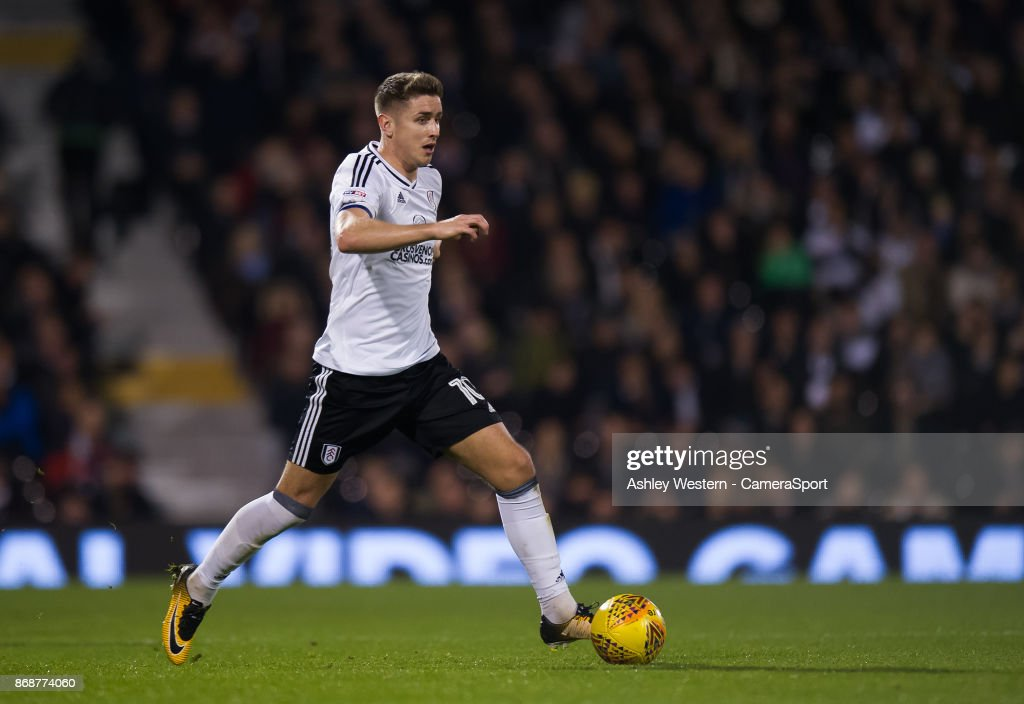 Fulham's Tom Cairney in action during the Sky Bet Championship match between Fulham and Bristol City at Craven Cottage on October 31, 2017 in London, England.