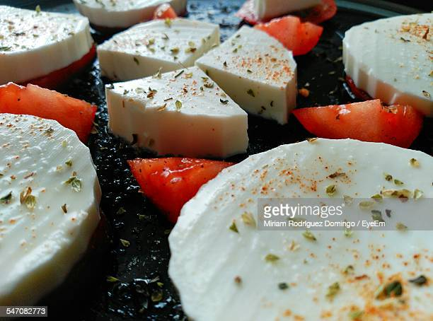 Full Frame Shot Of Cheese And Tomato Slices
