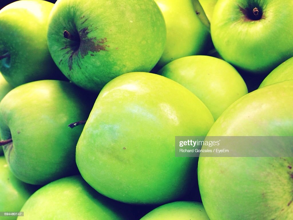 Full Frame Shot Of Granny Smith Apples