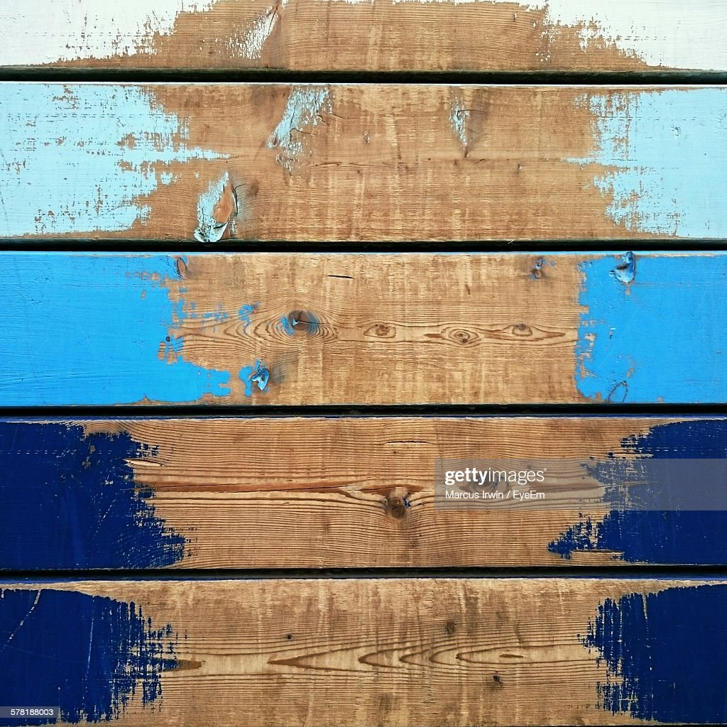 Full Frame Shot Of Weathered Wooden Wall : Photo