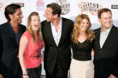 'Full House' cast members John Stamos Jodie Sweetin Bob Saget Lori Loughlin and Dave Coulier attend Comedy Central's Roast of Bob Saget at Warner...