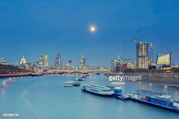 Full moon above London