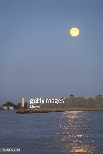 Full Moon Dusk, Steveston Harbor : Stock Photo