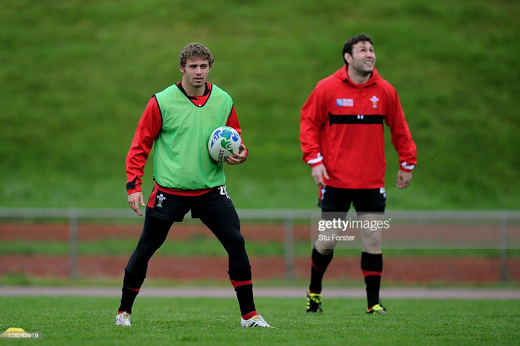 Fullback <a gi-track='captionPersonalityLinkClicked' href=/galleries/search?phrase=Leigh+Halfpenny&family=editorial&specificpeople=4232760 ng-click='$event.stopPropagation()'>Leigh Halfpenny</a> (L) and Flyhalf Stephen Jones (R) look on during a Wales IRB Rugby World Cup 2011 training session at Newtown Park on October 6, 2011 in Wellington, New Zealand.