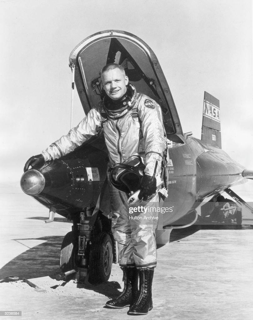 05 Aug  - First moonwalker Neil Armstrong born