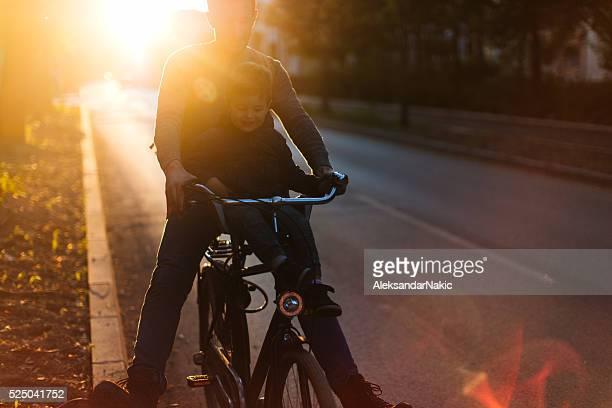 Giochi e divertimento in bicicletta
