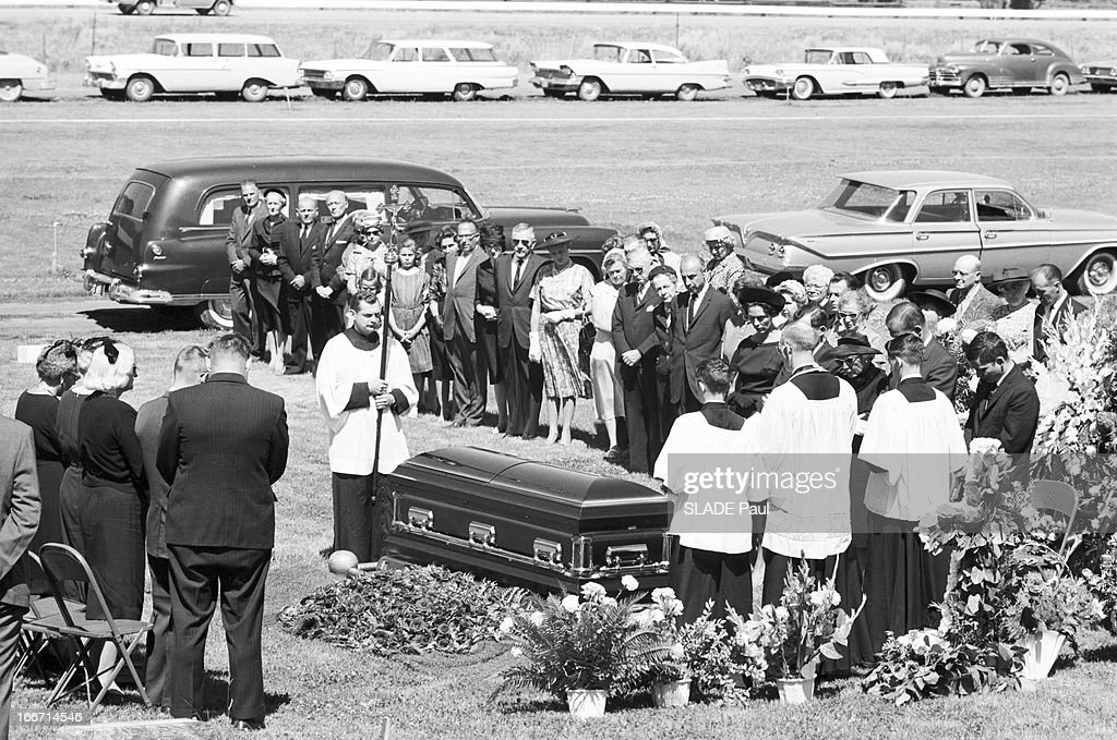 Ketchum (ID) United States  city photos : Funeral Of Ernest Hemingway In Ketchum, United States. En juillet 1961 ...