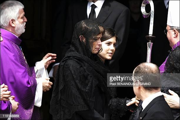 Funeral of Prince Rainier III of Monaco in Monaco City Monaco on April 15 2005 Princess Stephanie and Princess Charlotte